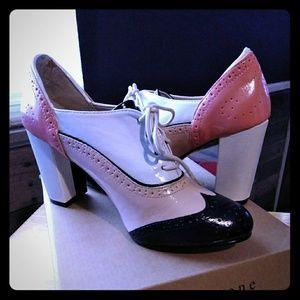 Multi color oxford heel